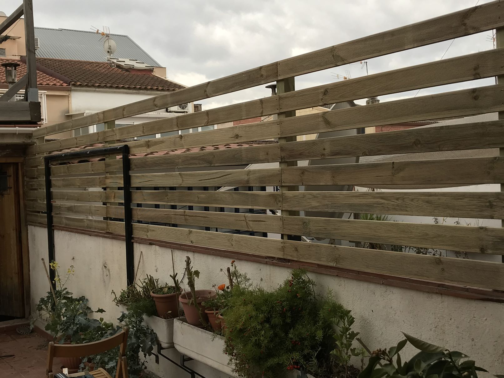 edusentis (construccion valla jardin) IMG_3345_1612x1209